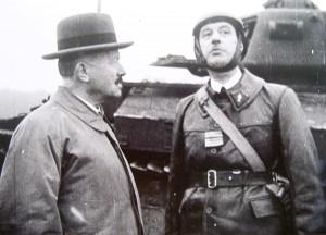 Portraits du GŽnŽral de Gaulle dans les fonds de lÕECPAD.